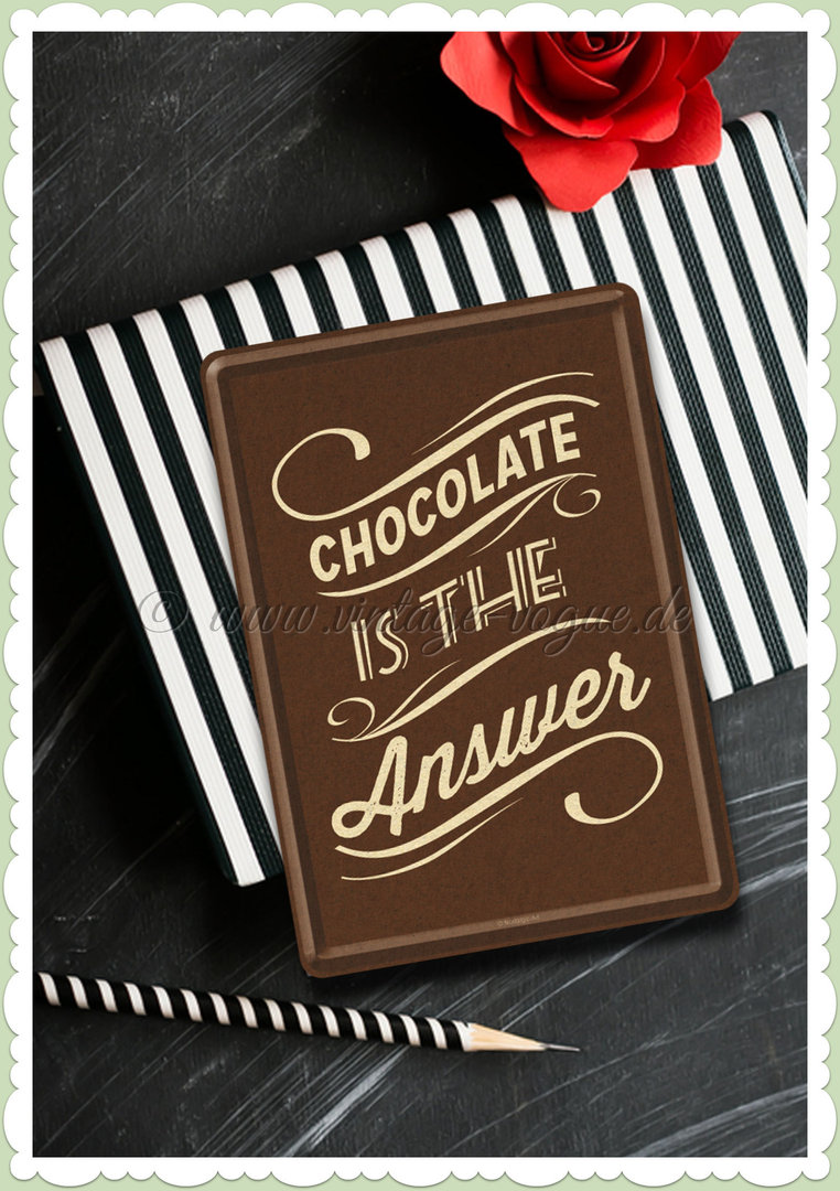"Nostalgic Art Retro Blechpostkarte ""Chocolate is the answer"""