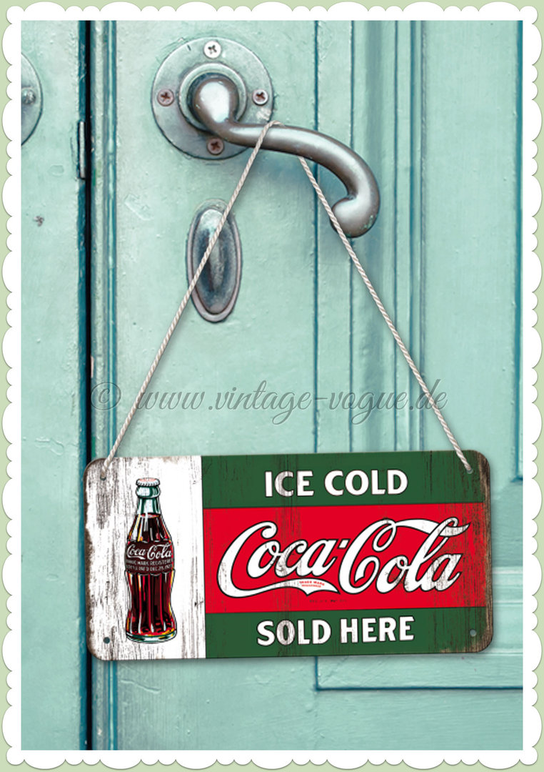 "Nostalgic Art Retro Pin Up Hängeschild ""Coca-Cola - Ice Cold Sold Here"""